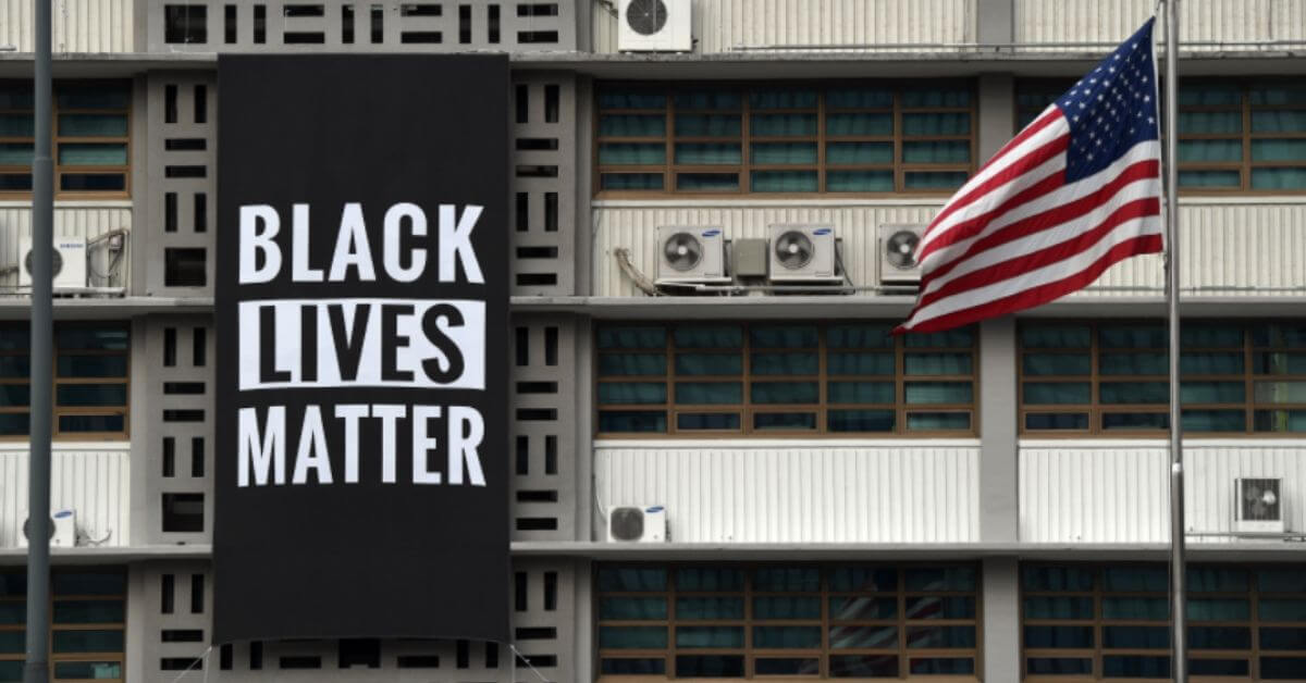 Black Lives Matter to the American Embassy of Seoul - or they did until Trump found out